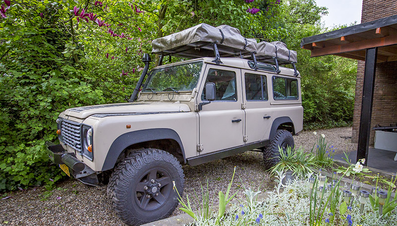 110 defender stationwagon automaat